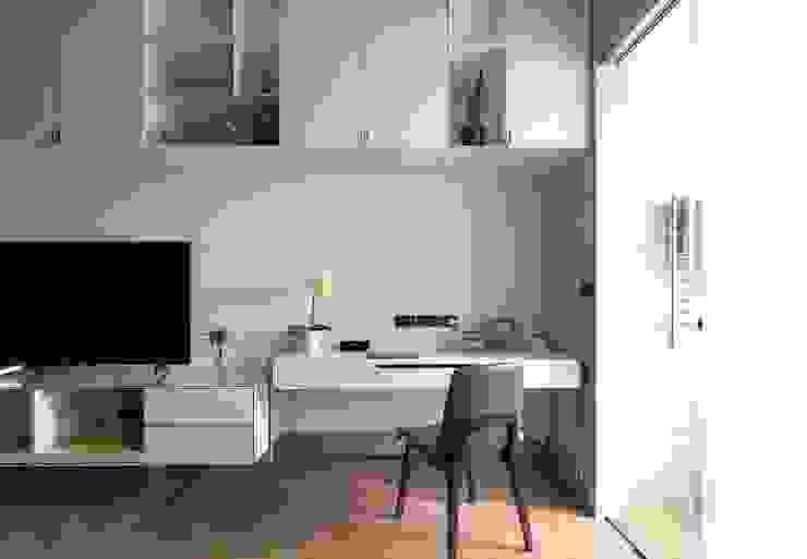 木皆空間設計 Oficinas y bibliotecas de estilo moderno