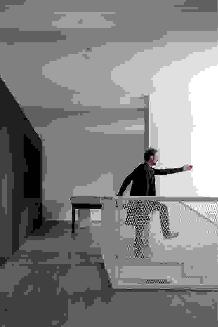 Comedores de estilo moderno de LDA.iMdA architetti associati Moderno