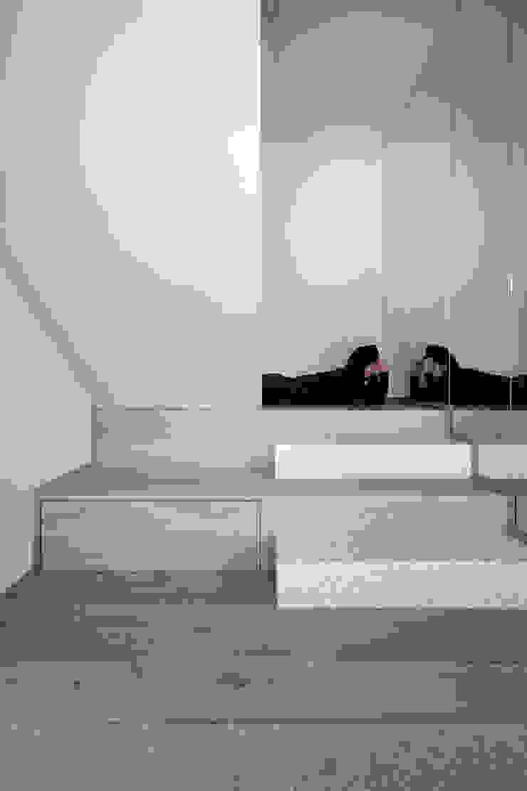 de LDA.iMdA architetti associati Moderno