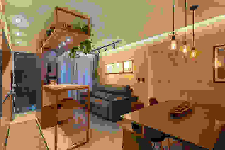 Salas de estilo industrial de Cassiana Rubin Arquitetura Industrial