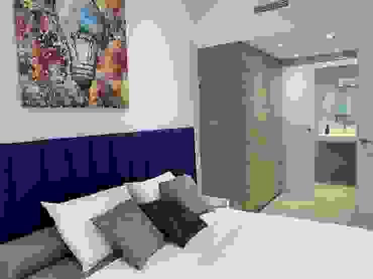 Reconversión cine dúplex a apartamentos en Barrio Salamanca, Madrid Bilbaodiseño Dormitorios de estilo moderno