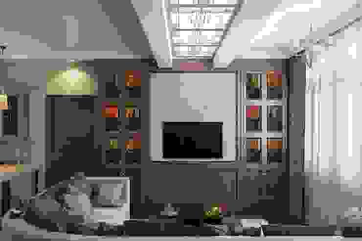 Зона отдыха в гостиной Гостиная в классическом стиле от Технологии дизайна Классический
