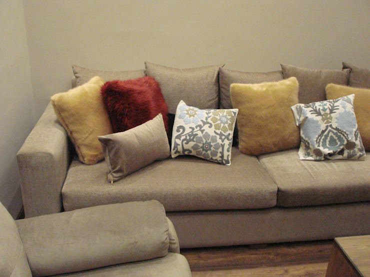 m furniture - moshir abdallah Modern living room Solid Wood Wood effect