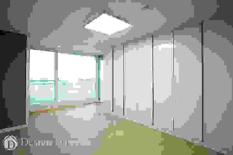 우장산 롯데캐슬 45py 드레스룸 모던스타일 침실 by Design Daroom 디자인다룸 모던