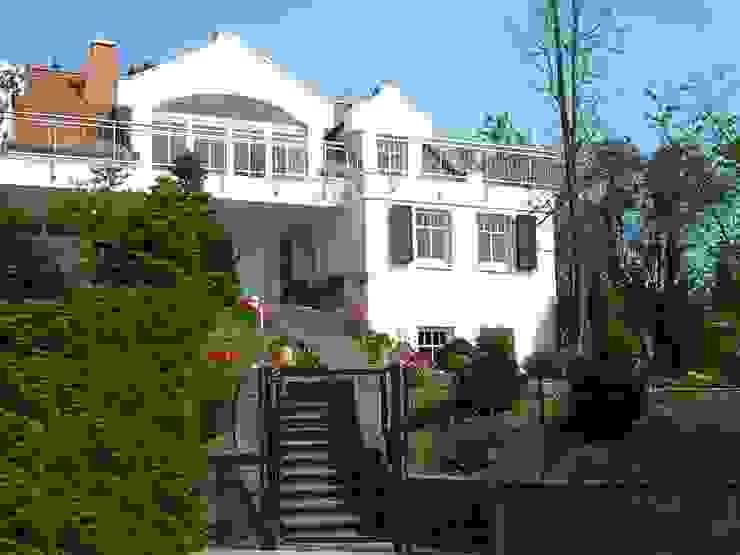 Menschen und Räume GmbH Villas White