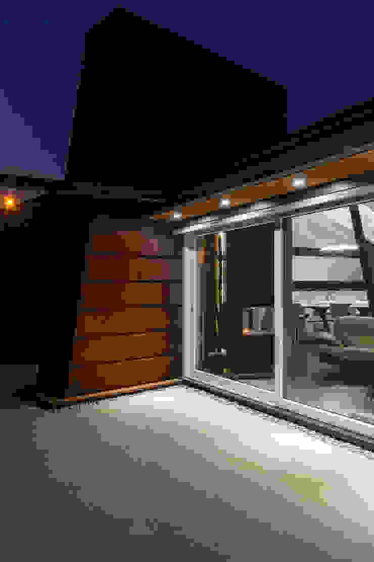 Casa DB Case moderne di Elia Falaschi Fotografo Moderno
