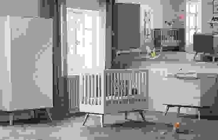 """modernes Babyzimmer """"Nils"""" komplett in weiß : modern  von QMM TraumMoebel,Modern"""