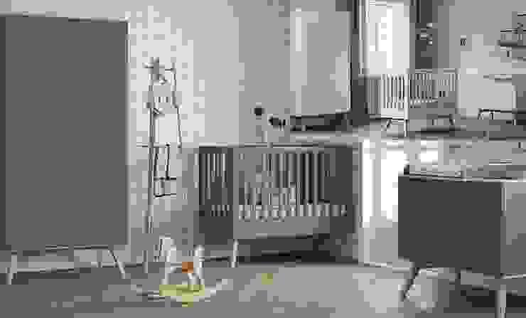 """Babyzimmer komplett grau modern """"Nils"""": modern  von QMM TraumMoebel,Modern"""