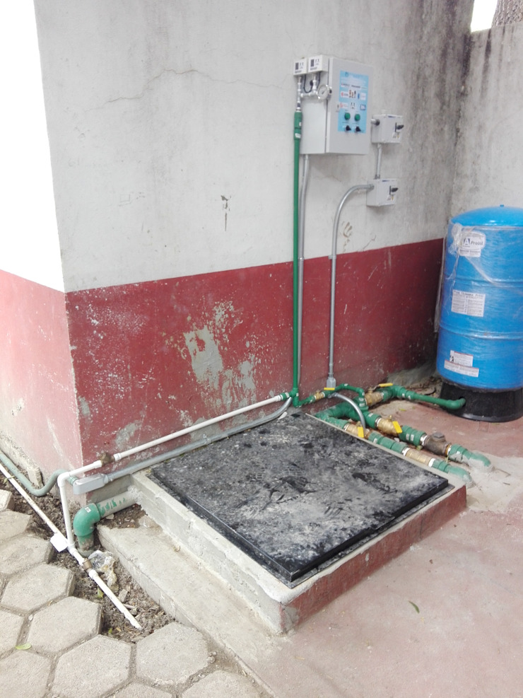 Equipo de Bombeo para distribución de Agua Baños de estilo clásico de Soluciones Integrales de Ingeniería Electromecánica Clásico