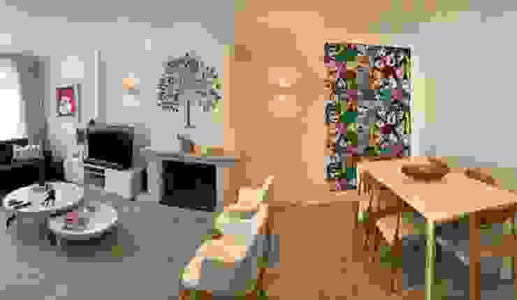 lareira clássica em ambiente moderno Salas de estar modernas por NEUSA MORO Moderno