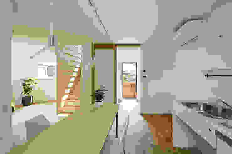Minimalistische Küchen von HAMADA DESIGN Minimalistisch