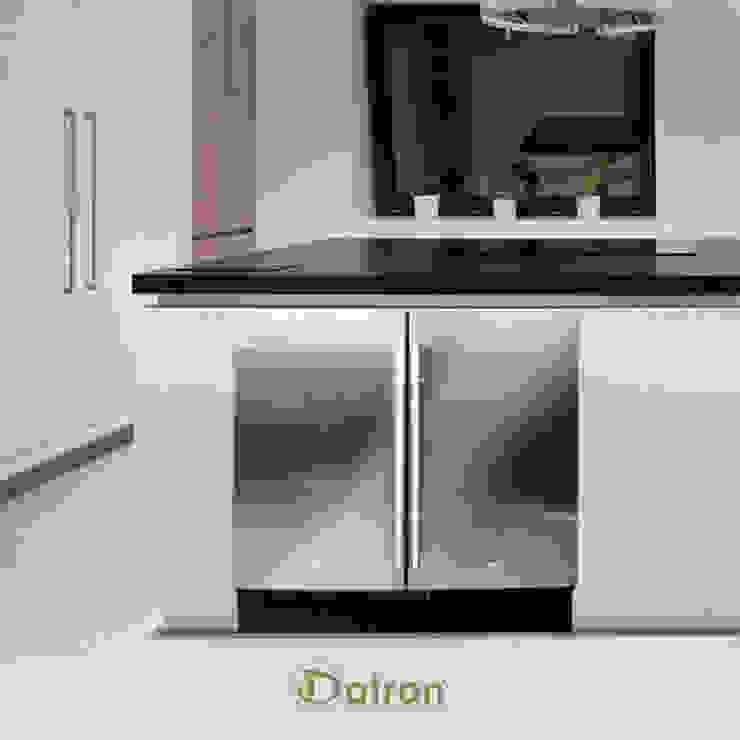 Frigo e freezer da incasso sotto top di Datron | Cantinette vino Moderno