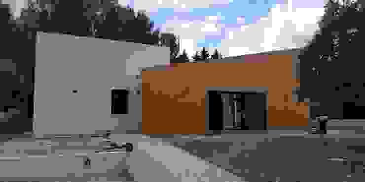 CONSTRUCCIÓN DE VIVIENDA UNIFAMILIAR de FOCUS Arquitectura Mediterráneo