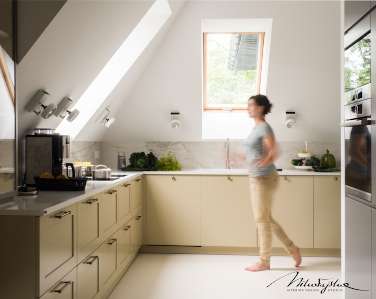 MIKOŁAJSKAstudio Moderne Küchen