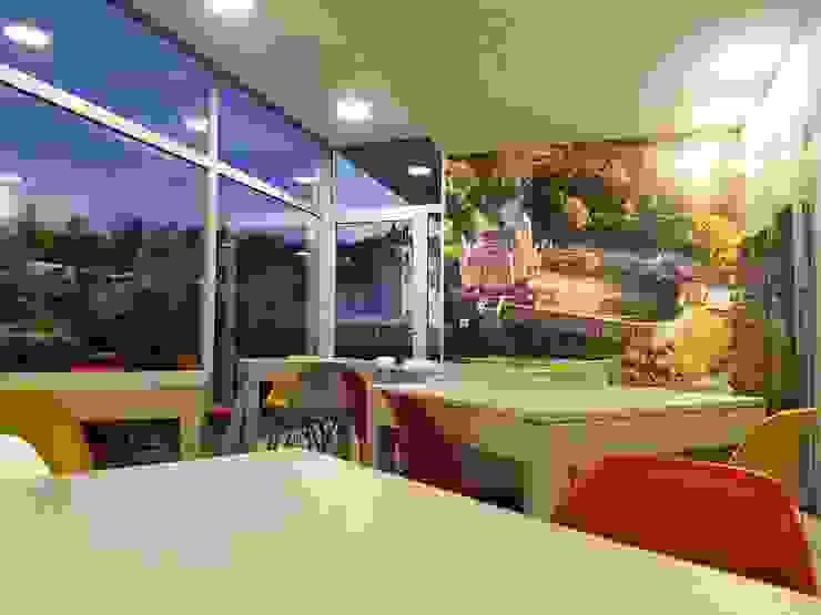 Cozinha Partilhada Hotéis modernos por Versatilis Inovação Design Moderno