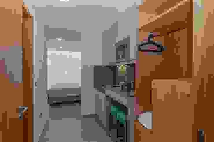 kitchenete Hotéis modernos por Versatilis Inovação Design Moderno