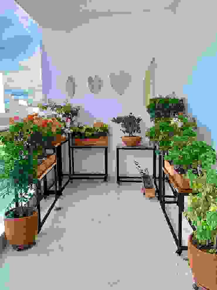 Jardineras de balcón de Etnia - Mobiliario e Interiorismo Minimalista