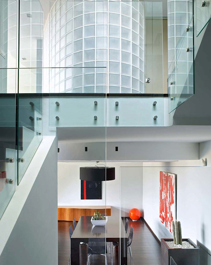 Esteve Arquitectes Ruang Keluarga Modern White