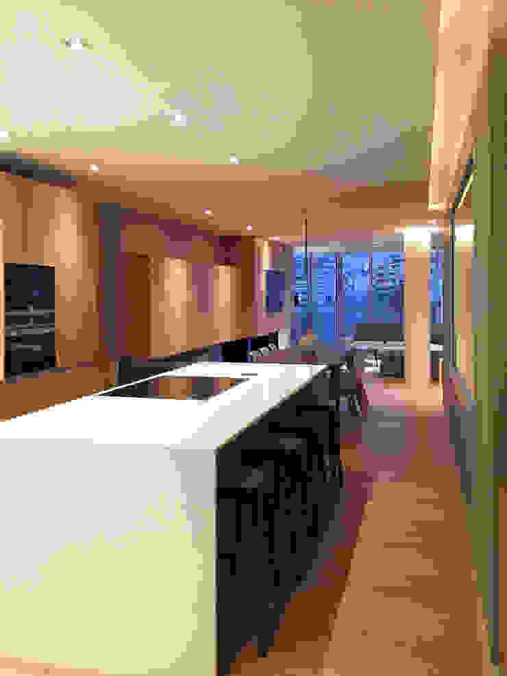 GARLIC arquitectos Built-in kitchens Quartz