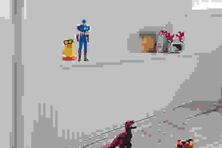 Dormitorio infantil de nimú equipo de diseño Clásico Derivados de madera Transparente