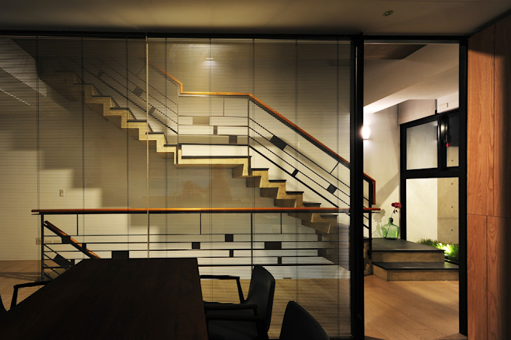 室內設計 登豐建設 Office 根據 黃耀德建築師事務所 Adermark Design Studio 簡約風
