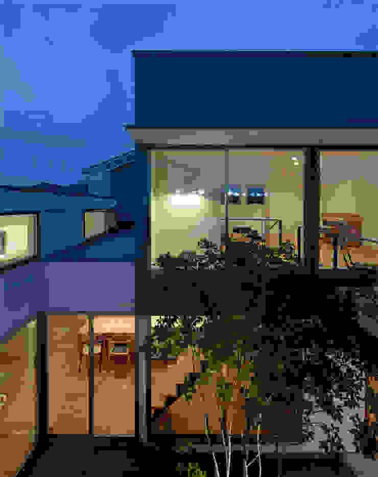 相生の家 モダンデザインの テラス の arc-d モダン