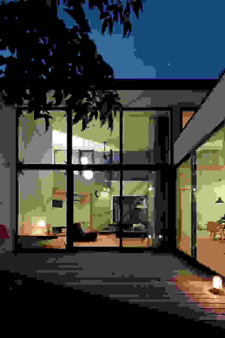 鹿の家 モダンデザインの テラス の arc-d モダン