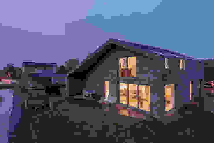 KAVEL 20 | Nieuwkoop Moderne huizen van JADE architecten Modern