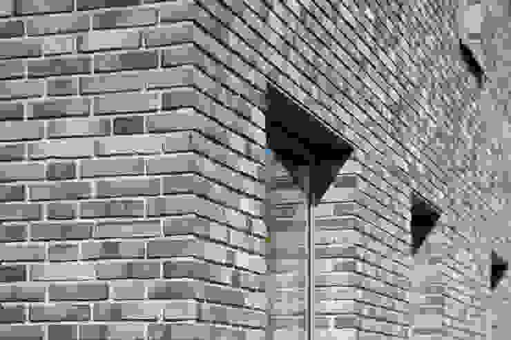 KAVEL 20 | Nieuwkoop van JADE architecten Modern Stenen