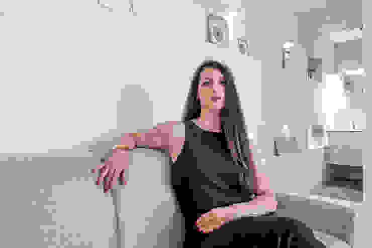 Luca Bucciantini Architettura d' interni Salon minimaliste Béton Gris