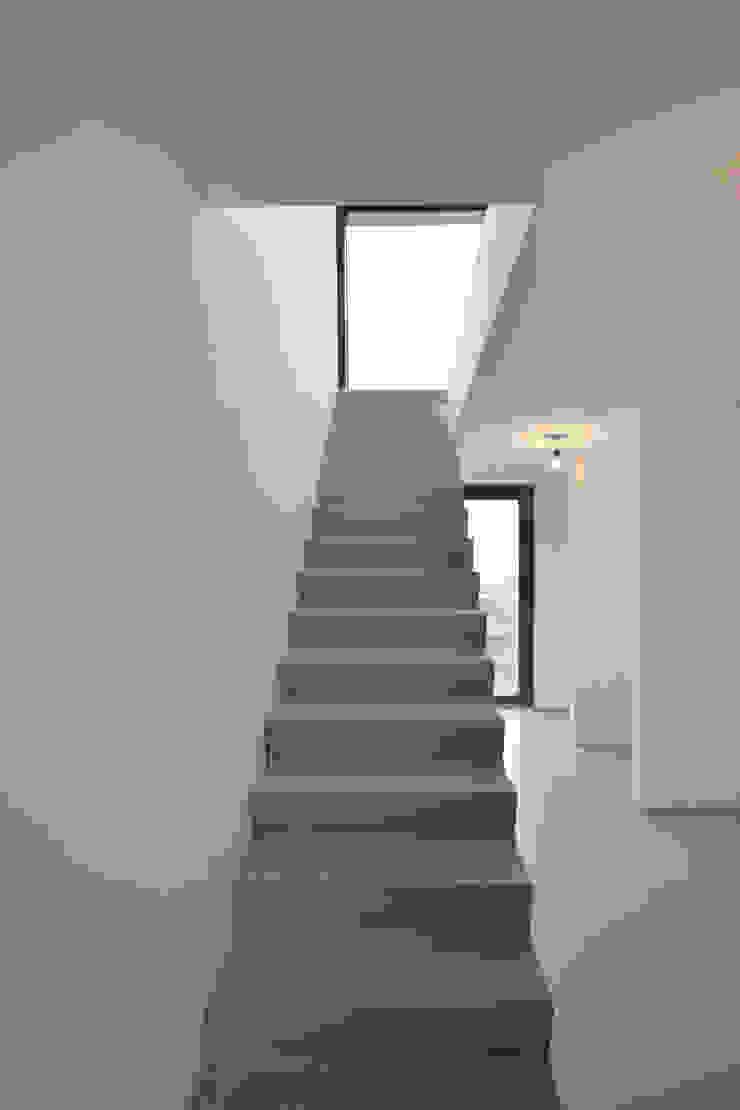 Hal Moderne gangen, hallen & trappenhuizen van ARCHiD Modern