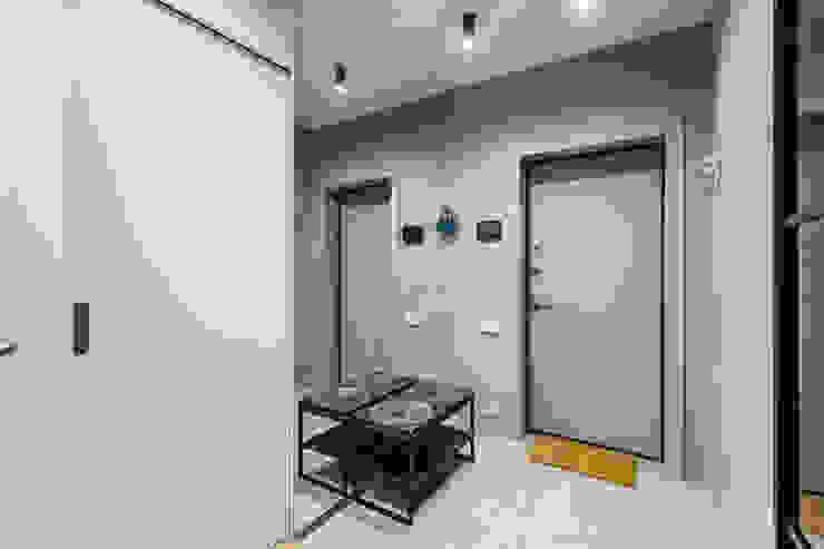 Примеры ремонтов от студии Icon Коридор, прихожая и лестница в стиле лофт от Ремонт и дизайн квартир с ICON Лофт