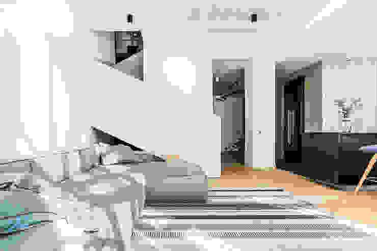 Lugerin Architects Modern corridor, hallway & stairs Iron/Steel White