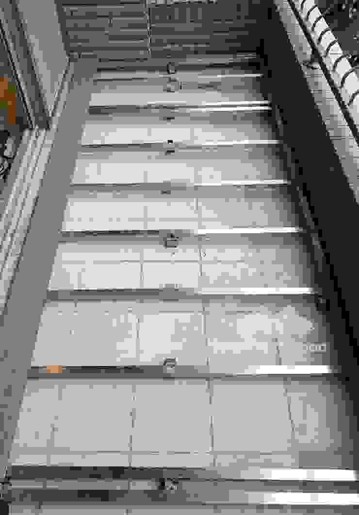 不鏽鋼骨架 根據 新綠境實業有限公司 現代風 塑木複合材料