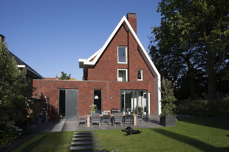by Thijssen Verheijden Architecture & Management Modern Bricks