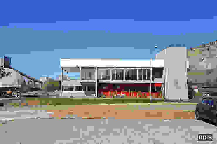 DDIS Arquitectos Offices & stores Aluminium/Zinc