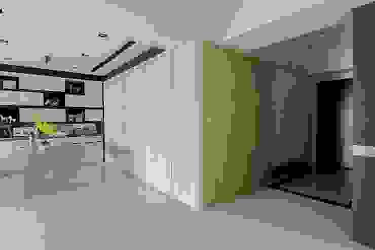 台中 周公館 根據 拓雅室內裝修有限公司 現代風