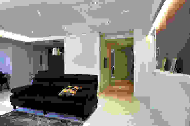 Modern Living Room by 레이어비(Layer_B) Modern
