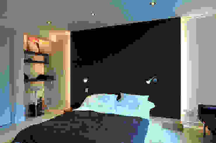 Modern Bedroom by 레이어비(Layer_B) Modern
