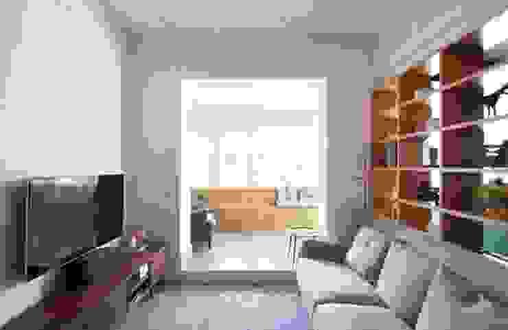 Carpintaria Senhora da Paz, Unipessoal Lda Ruang Keluarga Modern Kayu Wood effect