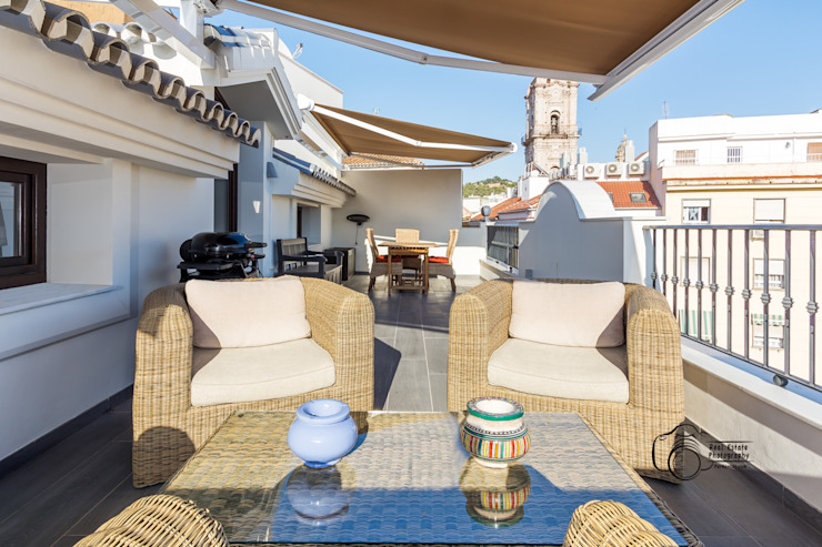 Mediterranean style balcony, veranda & terrace by Per Hansen Mediterranean Tiles