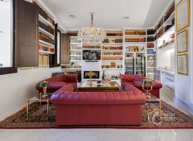 Colonial style living room by Per Hansen Colonial Bricks