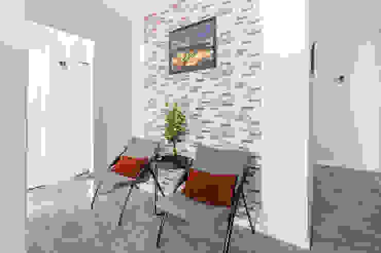 appartement étudiant Salon industriel par Elahe-Deco Industriel