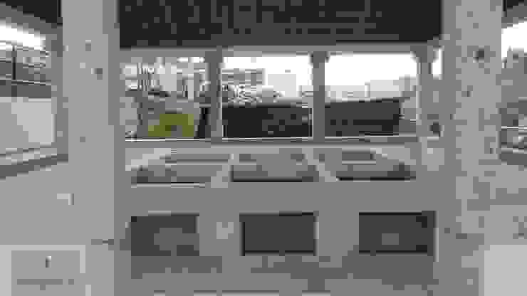 Remodelação de antigos tanques Pedro Nogueira Gonçalves Construções Varandas, marquises e terraços clássicas Granito