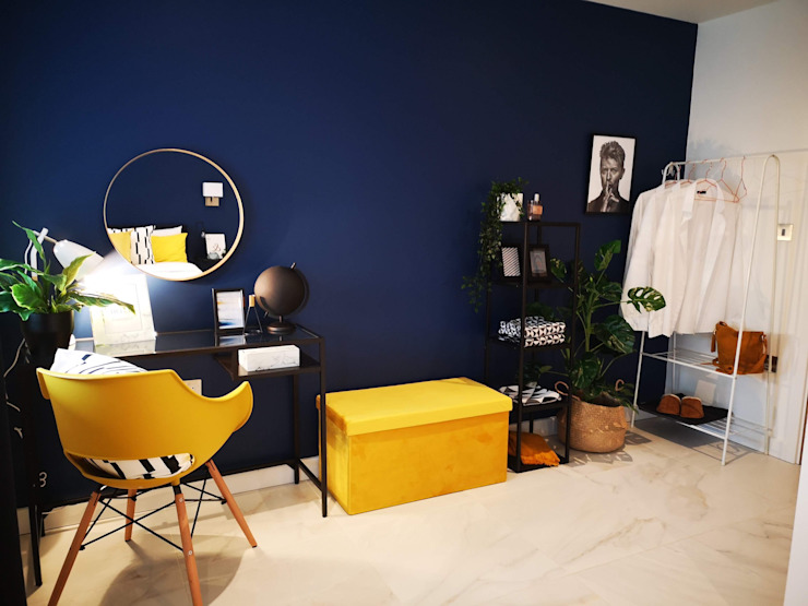 Dressing space Modern dressing room by THE FRESH INTERIOR COMPANY Modern