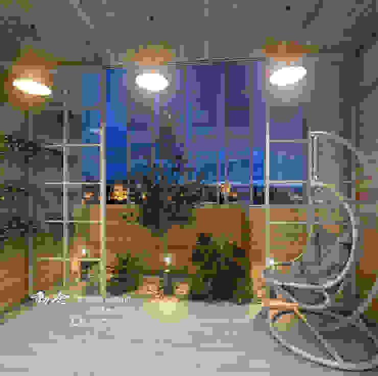 園藝造景 Rustic style balcony, veranda & terrace by 木博士團隊/動念室內設計制作 Rustic