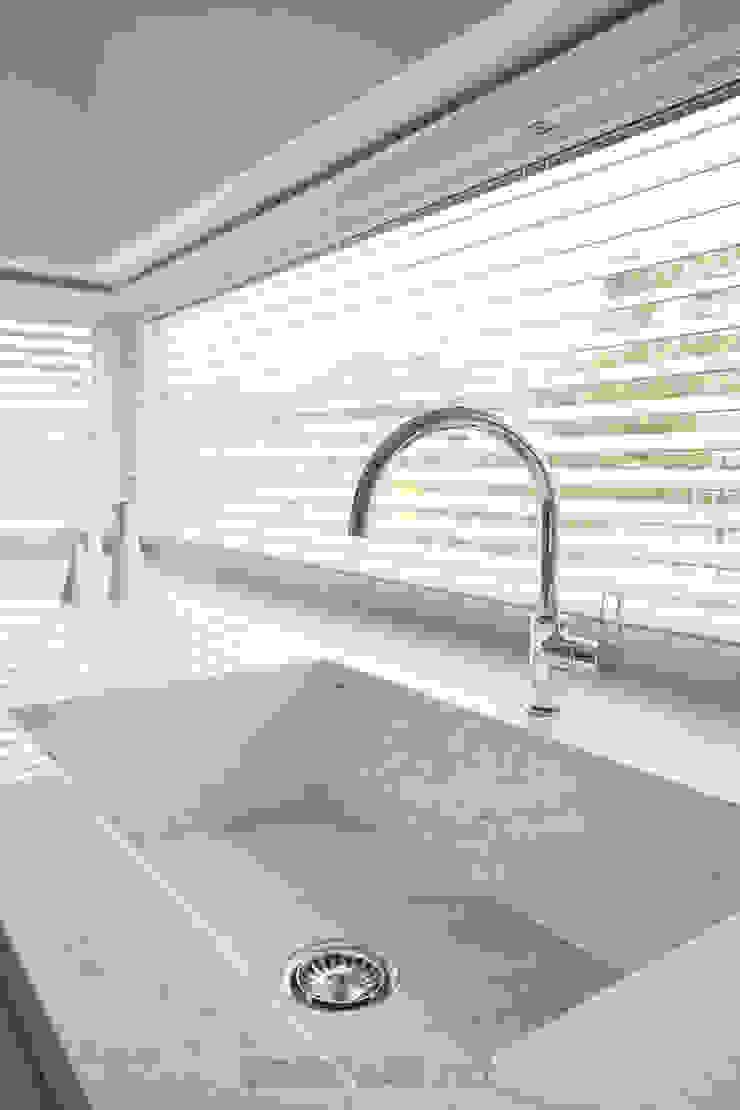 GRANMAR Borowa Góra - granit, marmur, konglomerat kwarcowy KitchenSinks & taps Marmer White