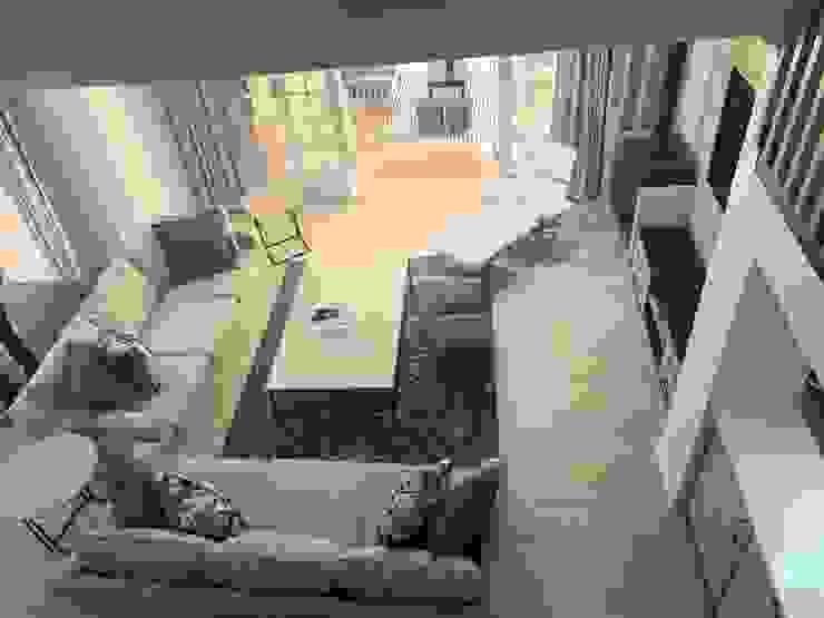 Revamped TV room CS DESIGN Modern living room Blue