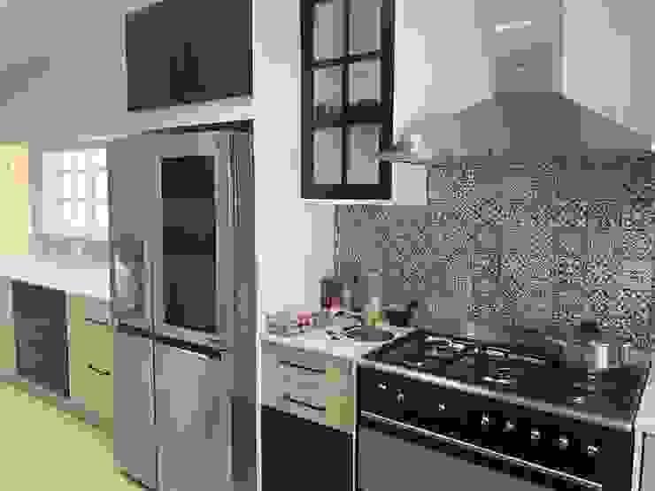 Renovation of a Parkview home CS DESIGN Modern kitchen