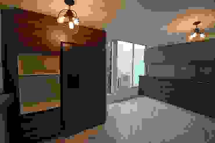 Moderne Küchen von Casa Época Arquitectos Modern